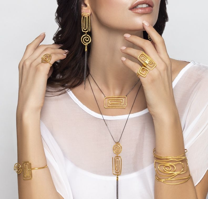 Grecian Chic Collection